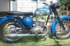 Kev's 1969 B175.