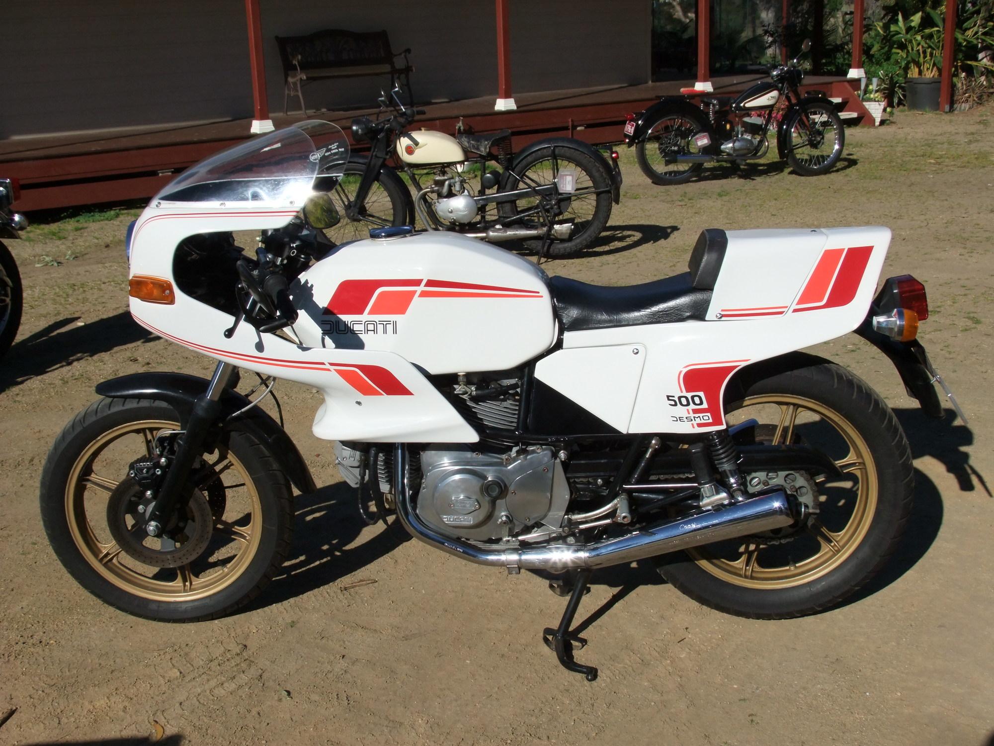 rsz_1982_500cc_ducati_pantah.jpg