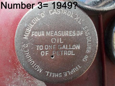petrol-cap-top-1949-1.JPG