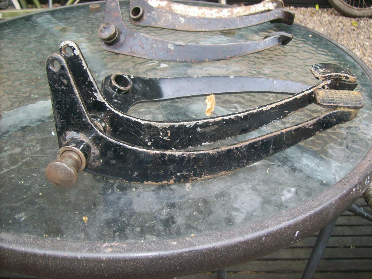 brake-pedals-002.JPG