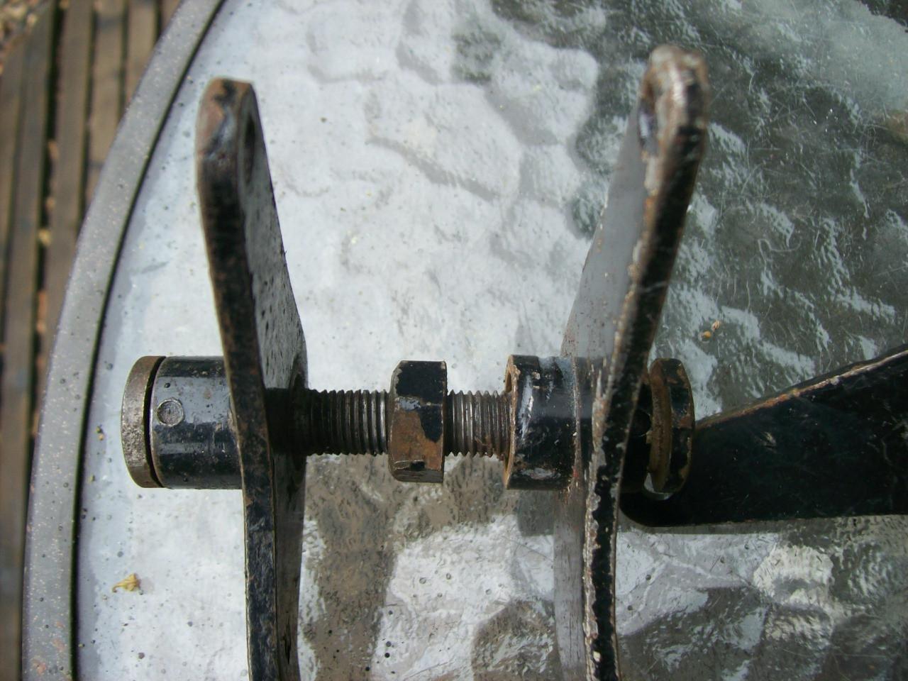 brake-pedals-003.JPG