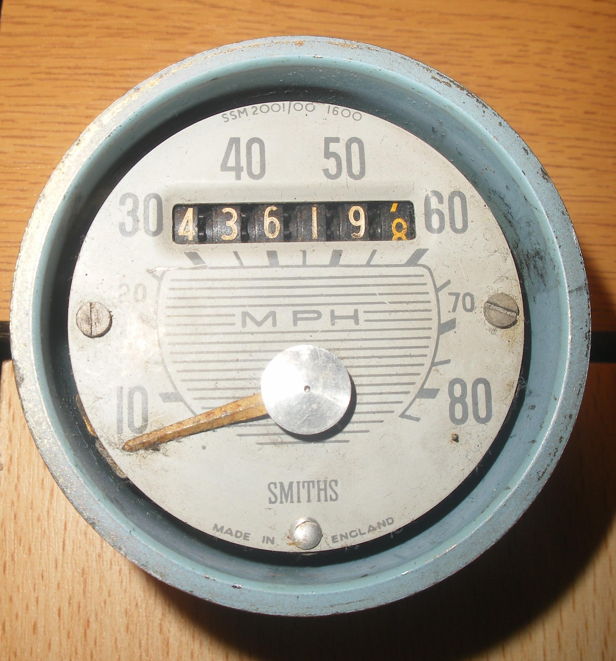 GLE874C-SSM-2001-00-Speedometer.JPG