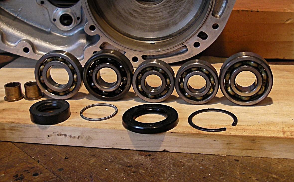 Wonky_worn_bearings_shims.jpg