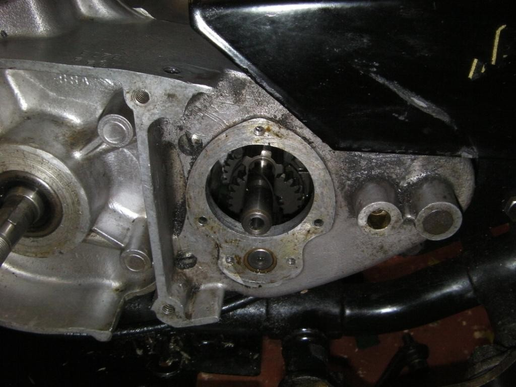 Pinion_removed_compressed.JPG
